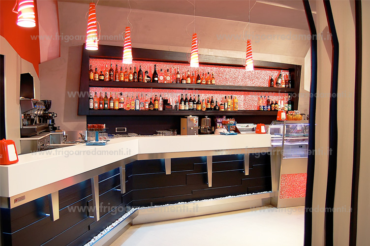 Frigoarredamenti s a s arredamenti for Arredamenti pub moderni
