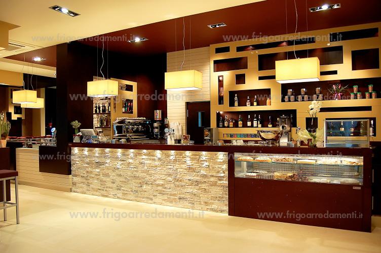 Frigoarredamenti s a s progettazione for Banchi bar e arredamenti completi
